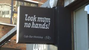 look-mam-no-hands