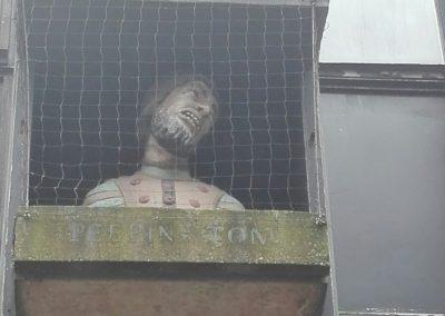 Estatua de Peeping Tom