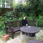 En el patio del museo de Freud